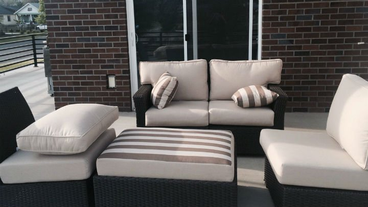 This whole patio set was stolen in the middle of the day.