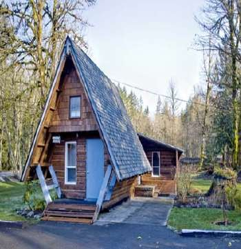 One of the cabins up for sale - Minimum bid of $10
