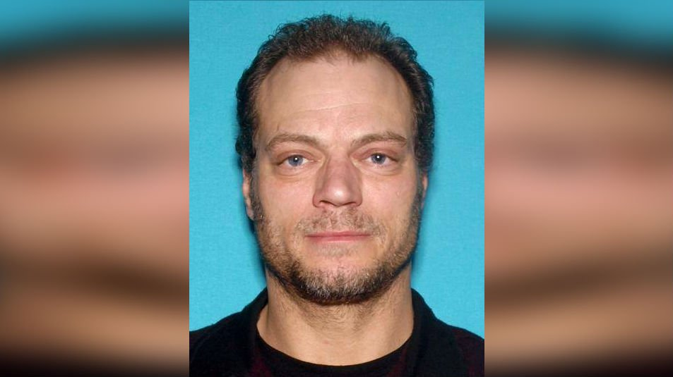 If you know his location, please contact the Post Falls Police Department at (208)773-3517 reference case ?#?16PF17202