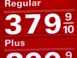 Analysts predict the price of a regular gallon of gas will again top $3 by late Spring