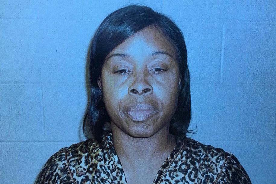 Gloria Williams was arrested (PHOTO: Jacksonville Sheriff's Office)