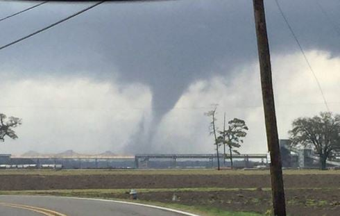 Large tornado touches down in New Orleans area, dozens injured