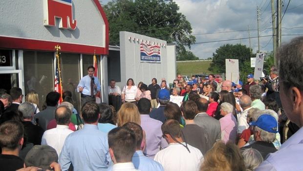 Marco Rubio (R, Fla.) declared victory over Gov. Charlie Crist (Photo: Marcio Rubio Campaign)