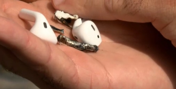 Apple Investigating Claims Of AirPods Headphones Exploding