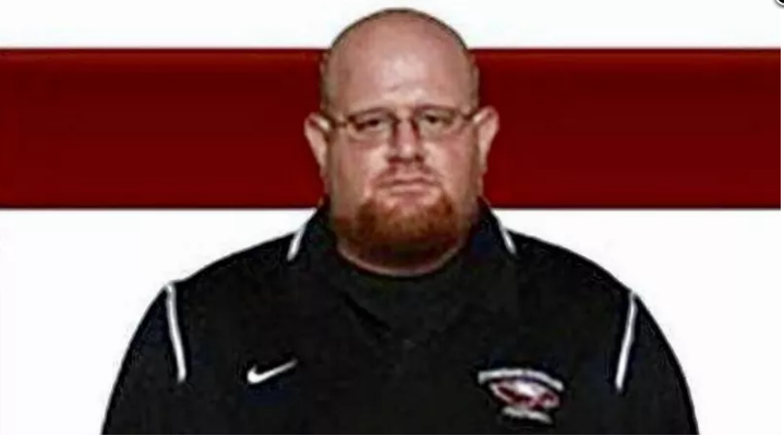 Assistant coach Aaron Feis died while selflessly shielding students.
