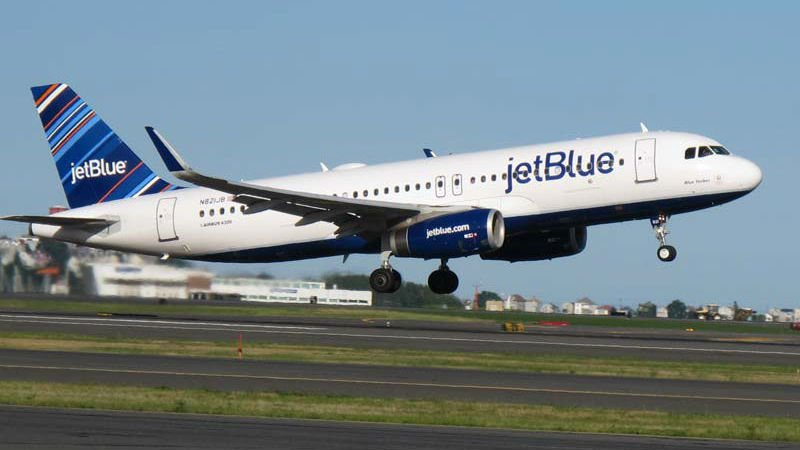 JetBlue offers to fly Parkland victims' families to South Florida free of charge