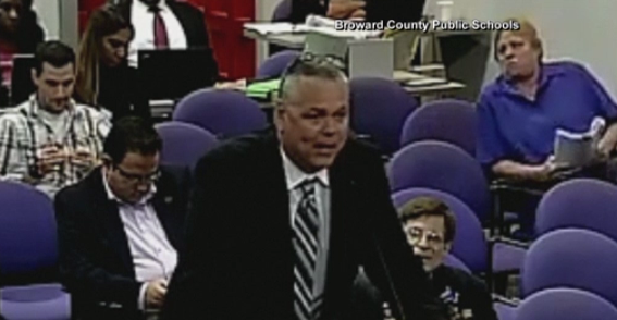 Scot Peterson during a 2015 school board meeting