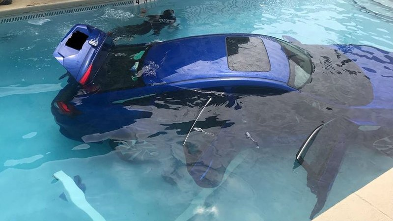 Car Rolls Into Pool With Dad Daughter Inside After Mom Forgets Nbc Right Now Kndo Kndu Tri