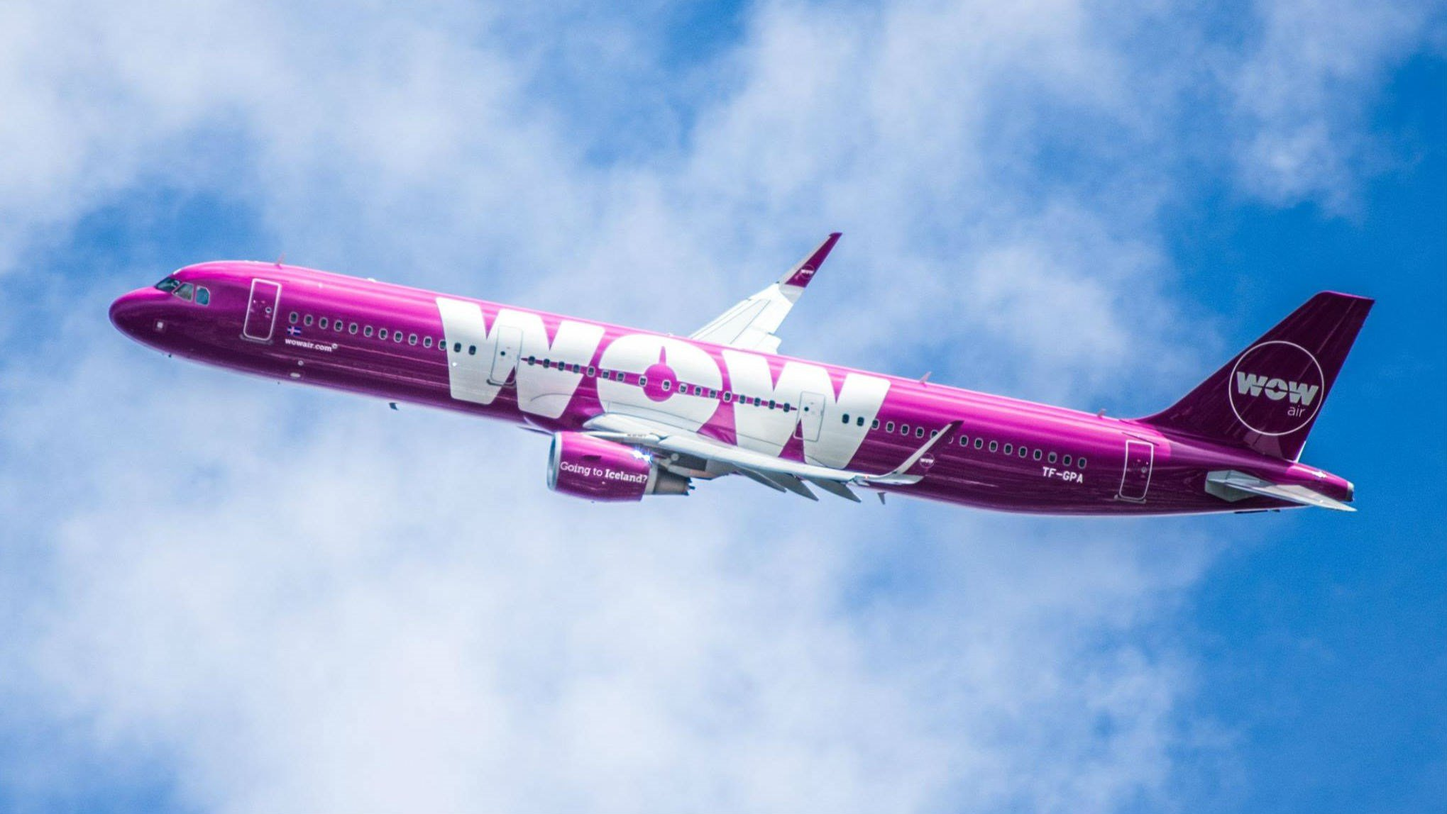 WOW air Facebook page