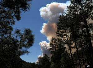 Hundreds Evacuated As 3 States Face Growing Wildfires - KHQ Right Now ...