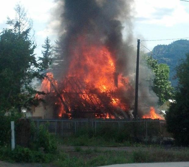 UPDATE: Restaurant Burns Down In Colville