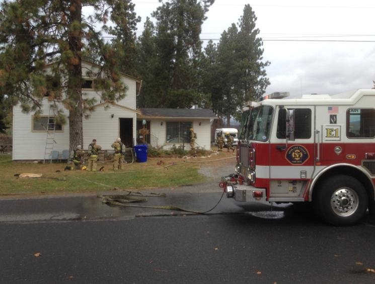Photo of duplex that caught fire on Friday morning on E. 9th