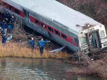 A member of the National Transportation Safety Board says investigators plan to conduct interviews Monday or Tuesday with the engineer and conductor of the train involved in a fatal derailment in New York City.