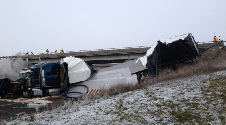 Photo of the crash scene on I-90 near Medical Lake