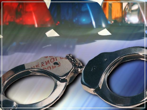 Alaska troopers use battering ram to arrest Idaho fugitive