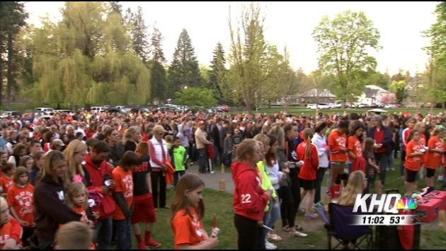 Hundreds of people filled Manito Park Wednesday evening to remember Gracie Snider