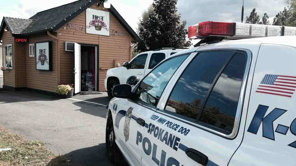 Spokane Police investigating a robbery in north Spokane at Hot Toddys coffee shop