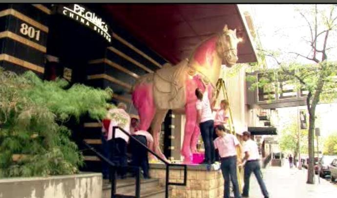 PF Changs paints horse statue pink