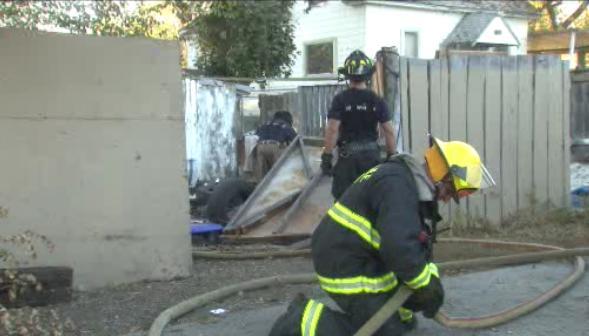 Detached garage catches fire in N. Spokane