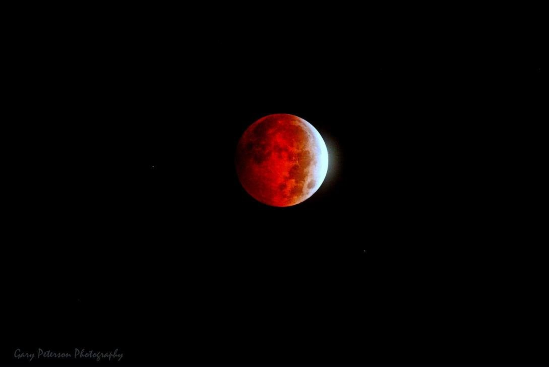 Photo of Blood Moon from Gary Peterson
