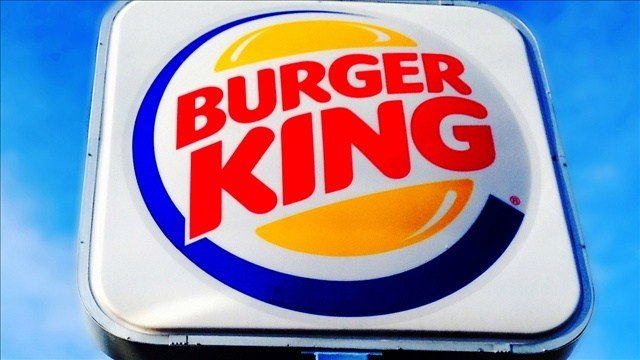A New Mexico man is suing Burger King after he says a manager attacked him for complaining about cold onion rings.