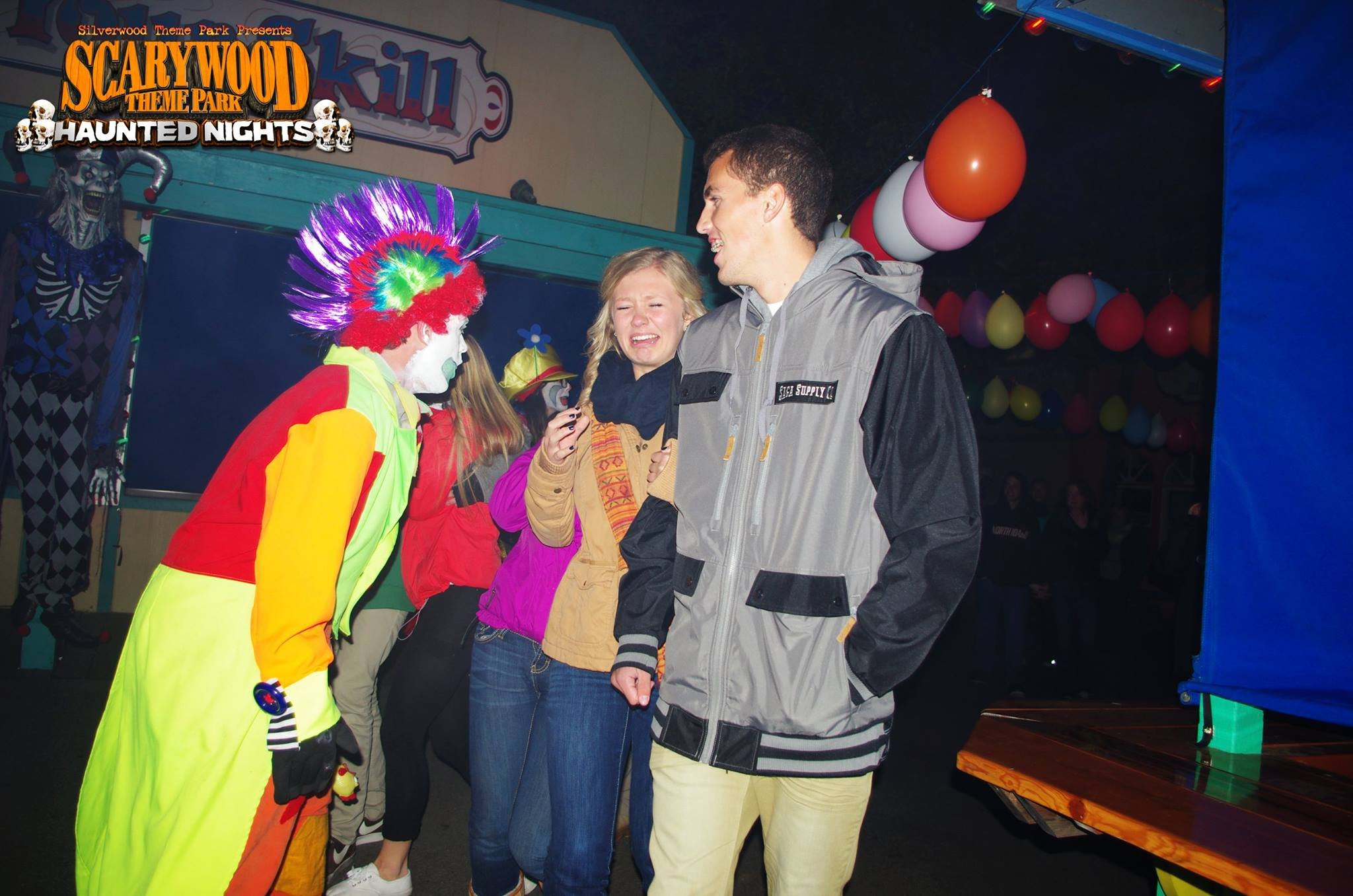 Couple getting scared as they stroll through Clown Town