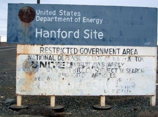 Entry sign at Hanford Site, Washington. Photograph taken by Tobin Fricke in January 2005..