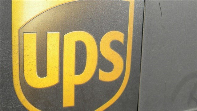 Police in Seattle arrested an intoxicated man with guns who tried to steal a UPS truck.