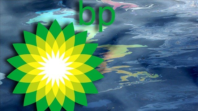 "New research shows that the BP oil spill left an oily ""bathtub ring"" on the sea floor that's about the size of Rhode Island."