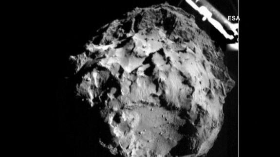 The photo taken at about 2.5 miles away from the comet (PHOTO: ESA)