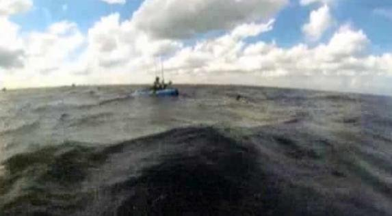 A pair of kayakers received quite the surprise while fishing and paddling off the coast of Palm Beach, Florida last Friday.