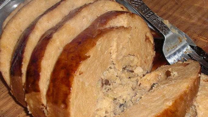 A delicious Tofurkey. (used under the Creative Commons Attribution Share-Alike 2.0 license)