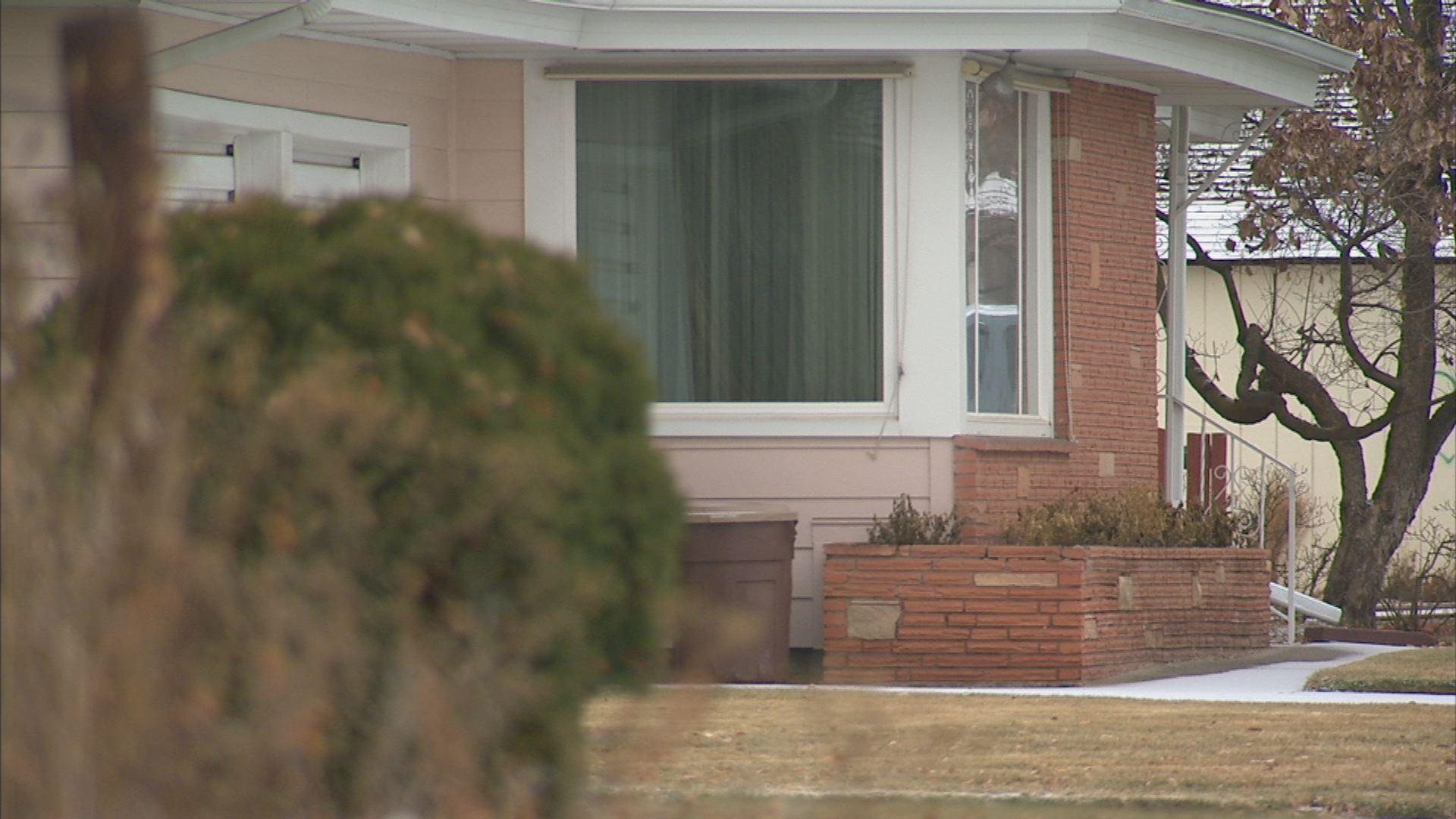 Preventing a home burglary
