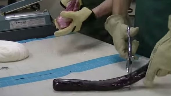 Lofty Pursuits hand makes candy canes. Photo: YouTube/Lofty Pursuits