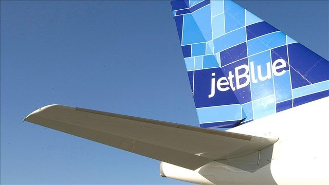 JetBlue is offering to help police who want to attend the funerals of two slain NYPD officers