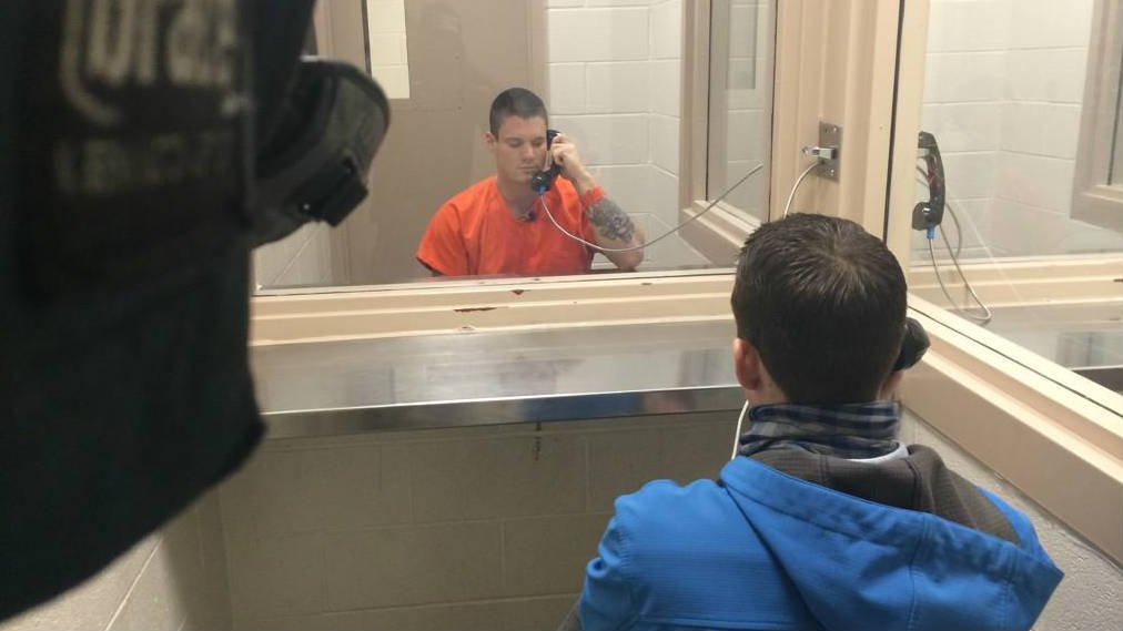 Brian Lindsey admitted to KHQ's Gabe Cohen from jail on Tuesday that he robbed the Walgreen's in Coeur d'Alene on Sunday