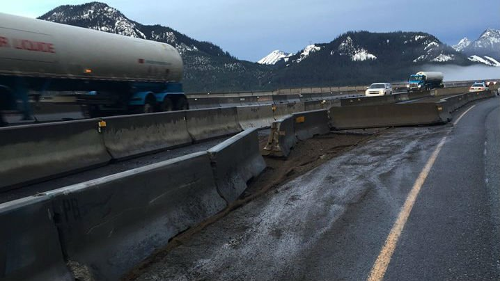 Westbound I-90 near Easton closed after a rock slide. (PHOTO: WSDOT)