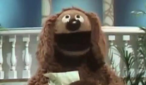 "Rowlf sings ""Just a Friend"" and happiness ensues. (PHOTO/VIDEO: YouTube/isthishowyougoviral)"