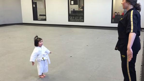3-year-old student recites the student creed. Photo: YouTube/Leedstaekwondo
