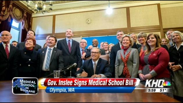 Governor Jay Inslee signed a bill Wednesday that repeals a law from 1917 which only allowed the University of Washington to run a medical school in the state. Now, Washington State University can do so as well.