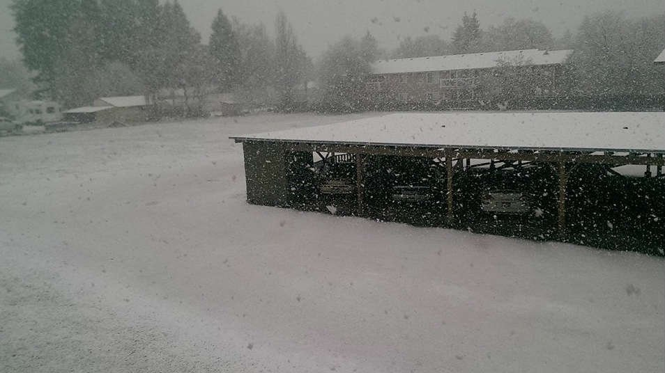 Snow surprised many drivers Monday morning in the Inland Northwest (PHOTO: Kurt Dillon on Facebook)