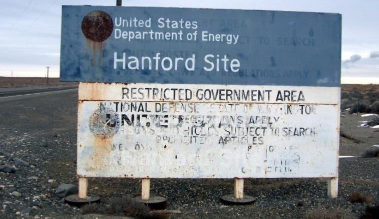 Hanford Nuclear Reservation officials are preparing to pump thousands of gallons of leaked radioactive waste back into a 46-year-old storage tank that contains toxic leftovers from the production of plutonium for nuclear weapons.