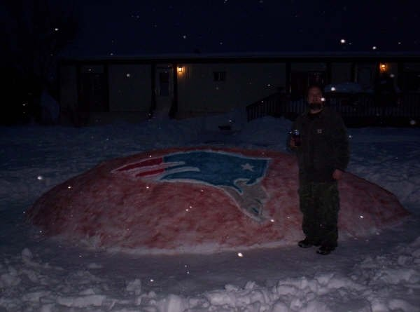 Jeremy of Spokane, WA shows his team spirit in the snow