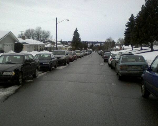 Cars line the streets as hundreds show at Glover Precinct Caucus