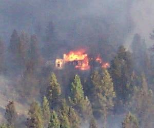 House burning during Valley View fire