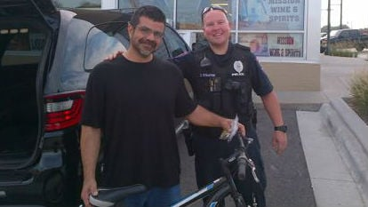 Touched by the plight of a homeless man forced to walk several hours a day to his job, a Kansas police officer stepped up with a gesture that brought the man to tears.