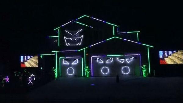 Dazzling Halloween display. Photo: YouTube/KJ92508