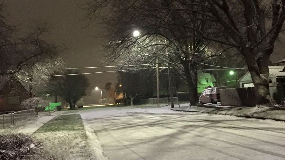 Snow by the West Valley Community Center early Tuesday morning (PHOTO: Katie Johnson via Facebook)