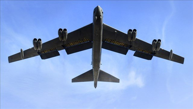 A powerful U.S. B-52 bomber has flown over South Korea in a show of force following North Korea's fourth nuclear test.